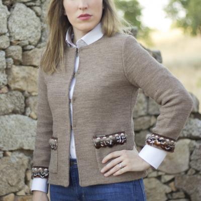 chaqueta chanel plumas lana marron caza huntfield