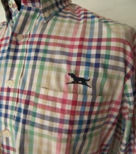 camisa oxford hombre caza detalle